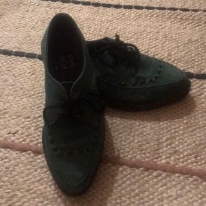 TUK suede pointed creepers